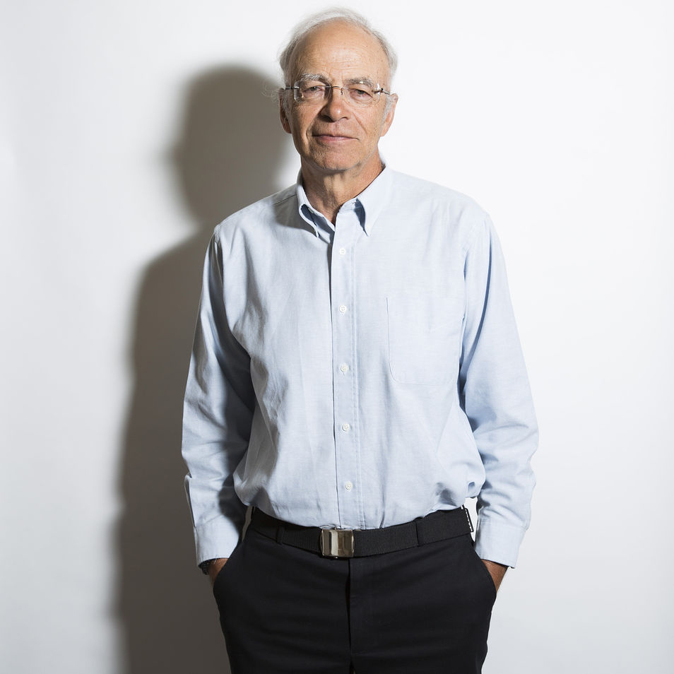 peter singer animal liberation essay In march, princeton philosophy professor peter singer, the author of animal liberation (1975, 1990), published a startling book review essay, heavy petting, in the.