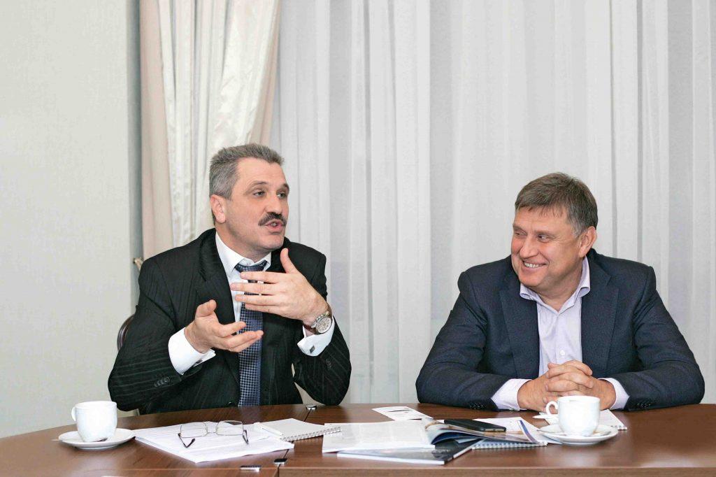 Валерий Ласьков и Виктор Купавцев: аграриев интересует инвестиционные кредиты, то есть долгосрочное кредитование при адекватной стоимости ресурса